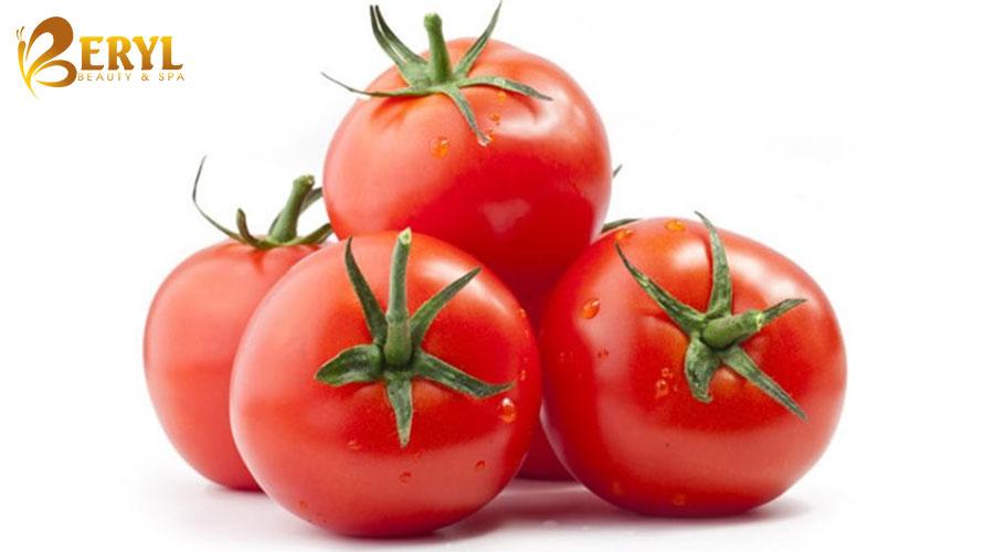 Cà chua trị sẹo thâm ở chân rất hiệu quả