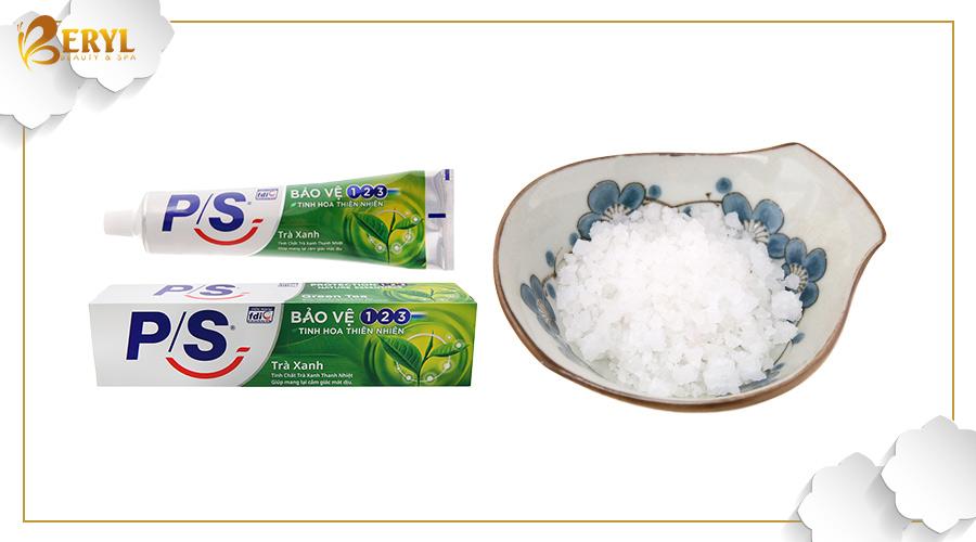 Kem đánh răng kết hợp cùng muối để trị mụn bọc nhanh chóng